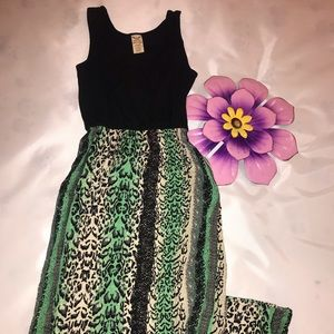 Dresses & Skirts - Maxi Dress Tank Top.